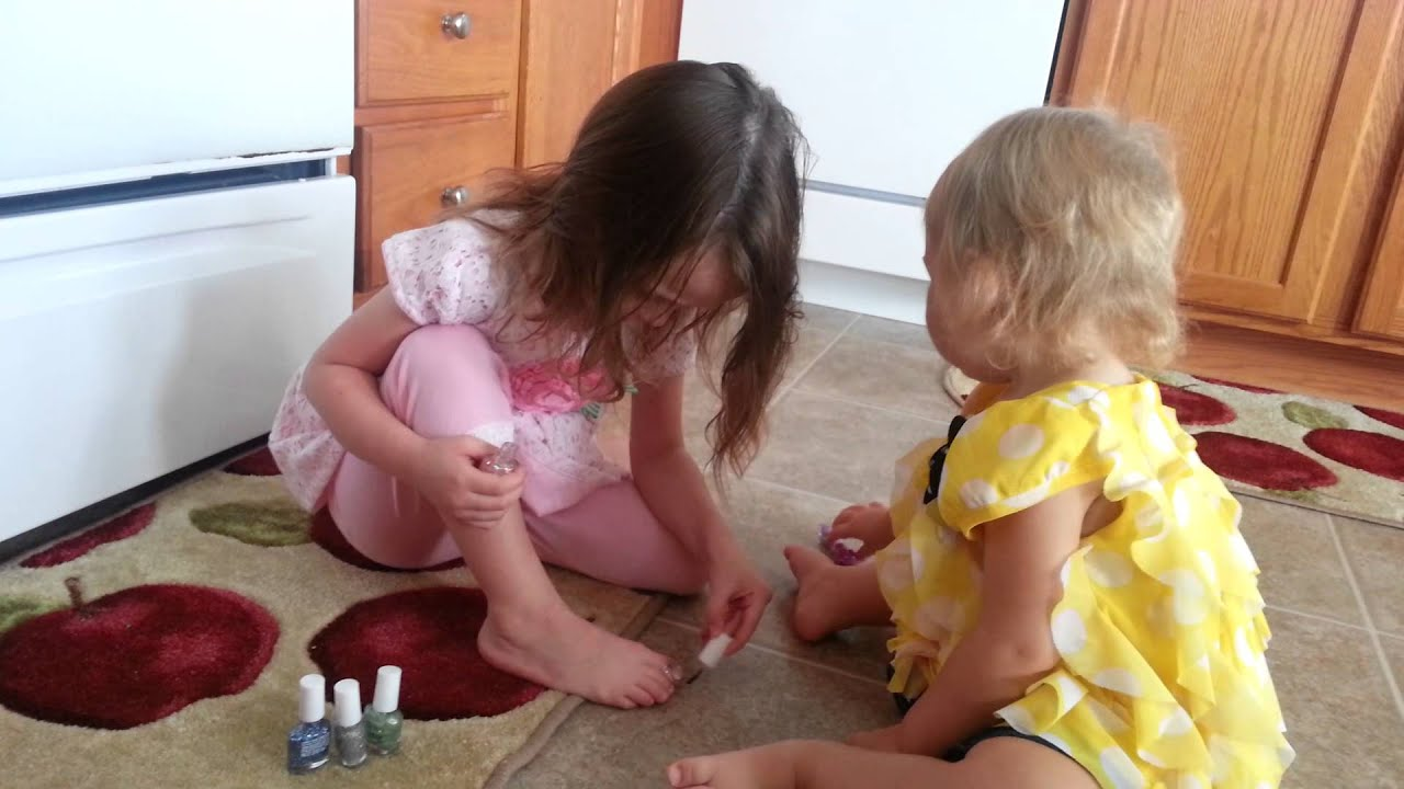Kids playing with nail polish - YouTube