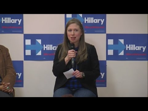 Chelsea Clinton stops in Cleveland