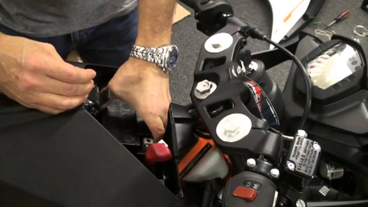 ktm rc390 antigravity ag801 8 cell battery install save 6 lbs