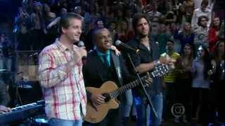 Victor & Leo se apresentam no programa Altas Horas 25/05/2013