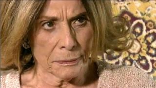 La Gata  Esmeralda Le Pide A Doña Rita El Nombre De Sus Padres