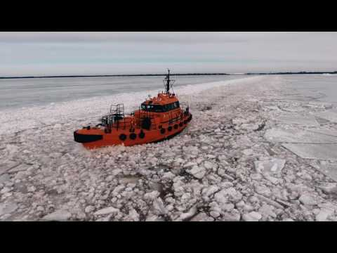 Baltic Workboats 16m ice going diesel electric pilot boat