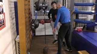 Бокс: груша на растяжках и работа корпусом