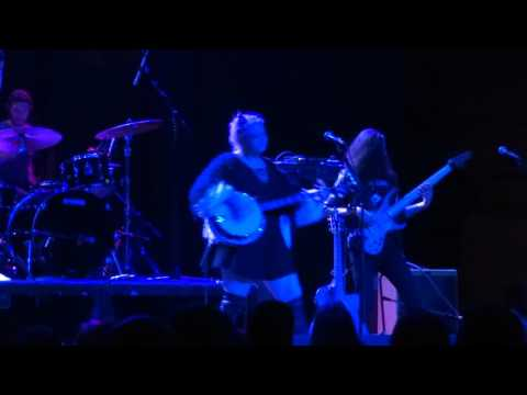 Elle King - Good For Nothin' Woman - Live at Majestic Theater in Detroit, MI on 1-27-16