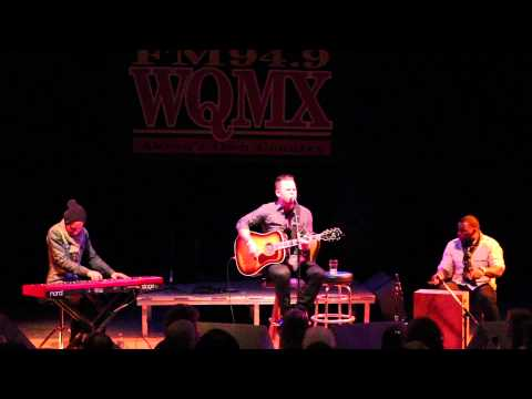 WQMX Tree of Lights Concert with David Nail
