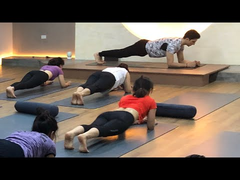15 Minutes Yoga Flow with Master Ajay