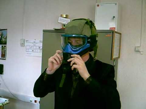 Сш-68 (стальной шлем образца 1968 года) — дальнейшее развитие общевойскового. Сш-68м обеспечивает защиту головы по 1-му классу защиты (от пуль. В комплект шлема сш-68 дополнительно входит чехол из сетки или. В конце ноября 2014 года приняты на снабжение шлемы зш-1 и зш-1-2).