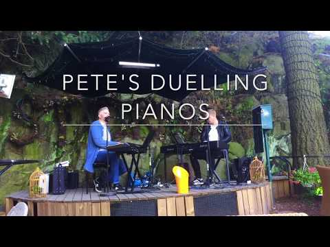 Pete's Duelling Pianos