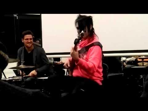 Henrik Linder - The Chicken Bass Solo