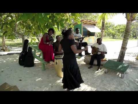 Etana & Caltariba System perform 'The Strong One' on the beach in Jamaica unplugged