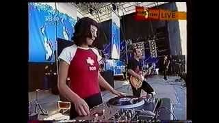 "Total (Тотал) - ""Бьет по глазам"" (Live Нашествие 2001)"