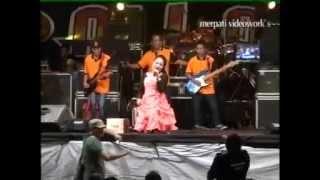 Download Bunga Dahlia  Lilin Herlina  New Pallapa 2014 Tasik Agung Rembang
