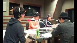 2010/11/29第9回目放送 オークラの右隣に豊本いるよ.