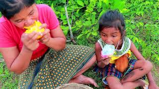 Primitive Life Village - Women catch cooking snakes - Cute baby monkey Eat Puppies (Part 8)