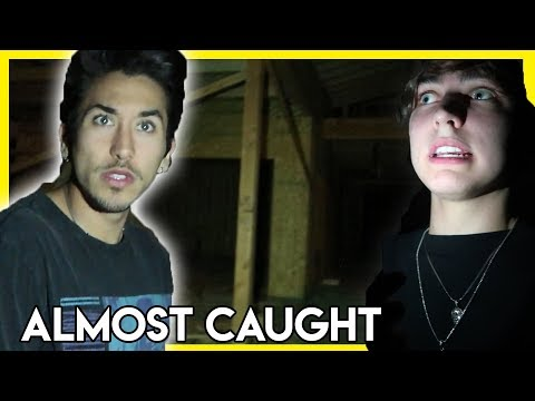EXPLORING AN ABANDONED CONSTRUCTION SITE (almost caught!)