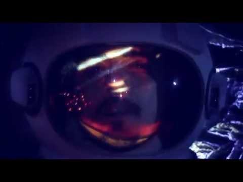 ALESSIO BONOMO - Gli uomini camminarono sulla luna - OFFICIAL VIDEO