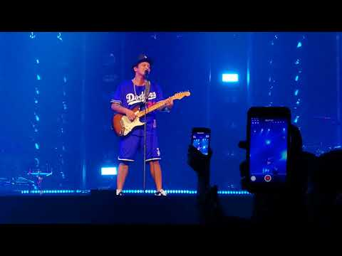 Bruno Mars XXIVK Magic World Tour - Marry You