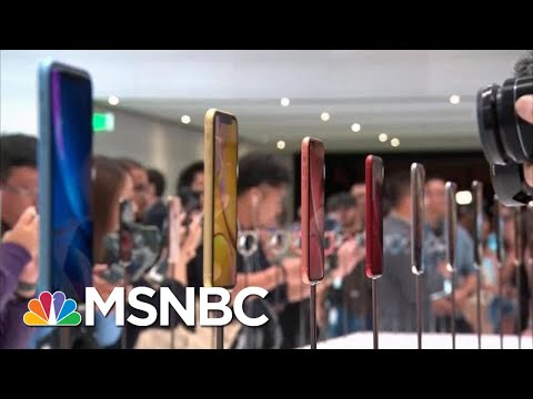 Supreme Court Says Apple Customers Can Sue Over App Store Prices | Hallie Jackson | MSNBC