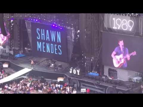 Shawn Mendes: Pteco Park in San Diego, California on August 29, 2015