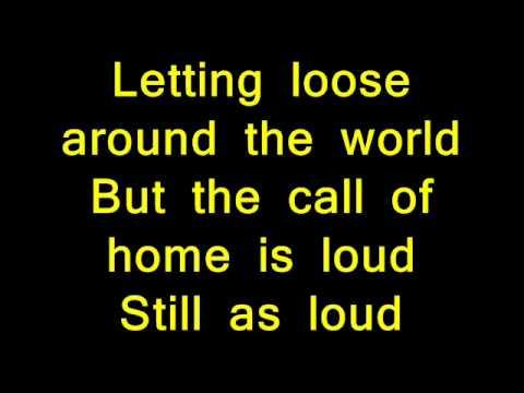Slade- Far far away + lyrics