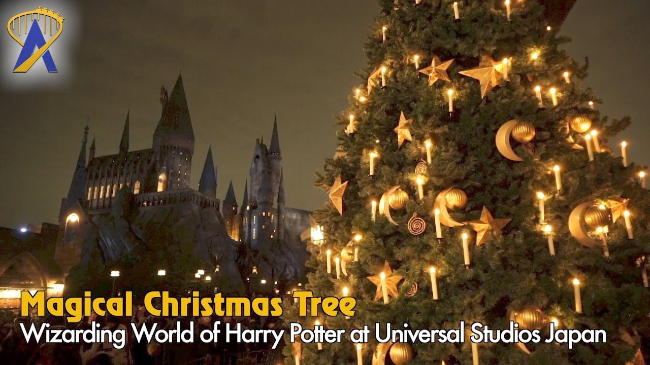 hogsmeade christmas tree inside universal studios japans wizarding world of harry potter