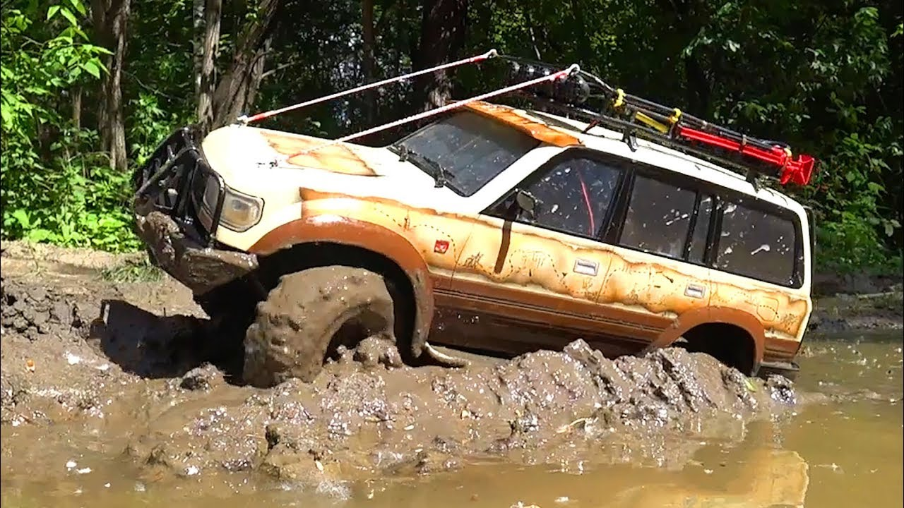 RC Cars MUD Drive Action and Extreme MUD Racing – Land Cruiser Axial SCX10 II, TFL Racing