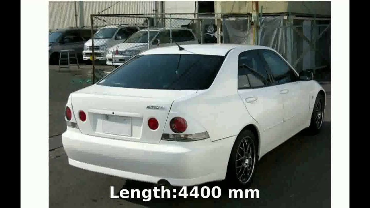 2000 Toyota Altezza AS200 Features