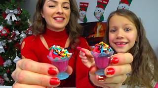 МИНИ МОРОЖЕНОЕ Челлендж Yummy Nummies Ice Cream Sundae Maker CHALLENGE /// Вики Шоу