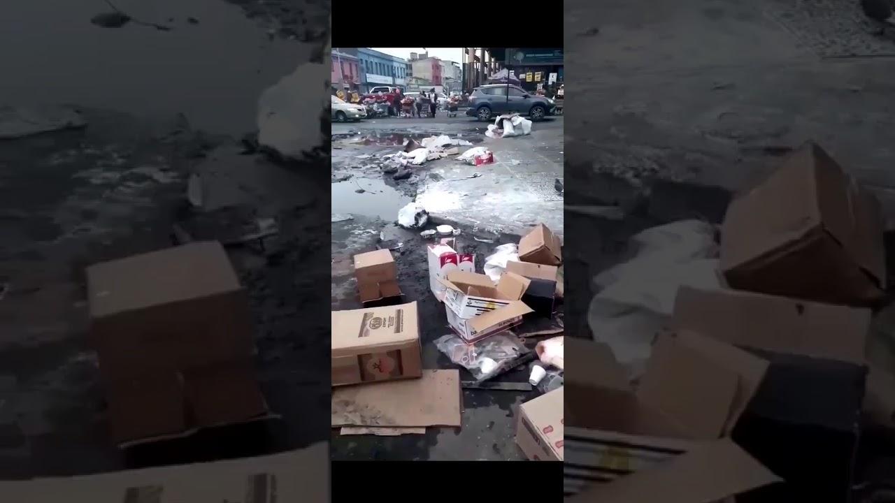 """""""Alcalde Jadue mire las calles, llenas de hoyos, el mi3rdal se come a los trabajadores"""""""