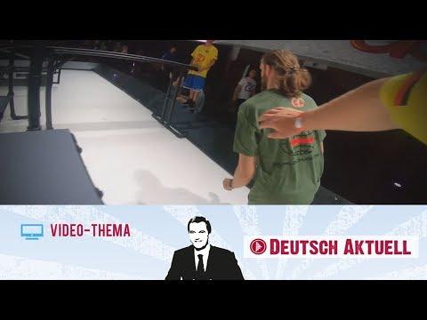 Chase Tag: Wenn Erwachsene Fangen Spielen   Deutsch Lernen Mit Videos