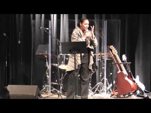 Julie McKnight sings