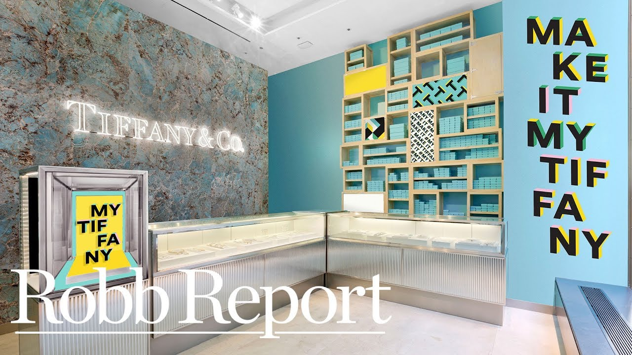 a9683e25561 Tiffany s Opens a Pop-Up Shop at Rockefeller Center in NYC