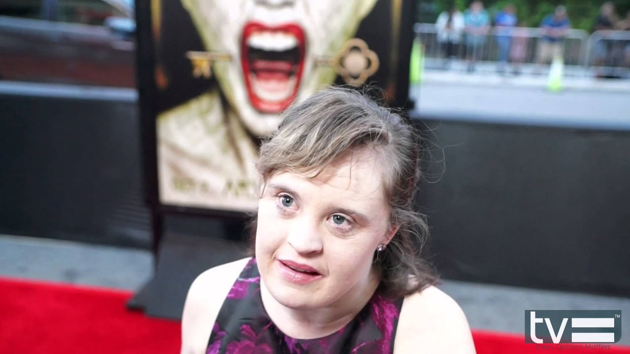 jamie brewer actress