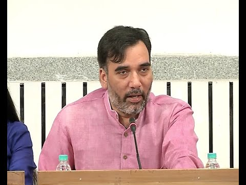 Transport Min @AapKaGopalRai conducts women's consultations on  #OddEven2 with DCW.
