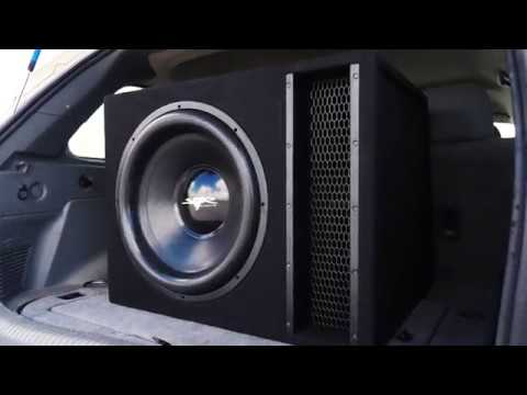 Skar Audio 2,500 Watt EVL-1X18D2 Single 18-inch Loaded Subwoofer Enclosure  Demo!!
