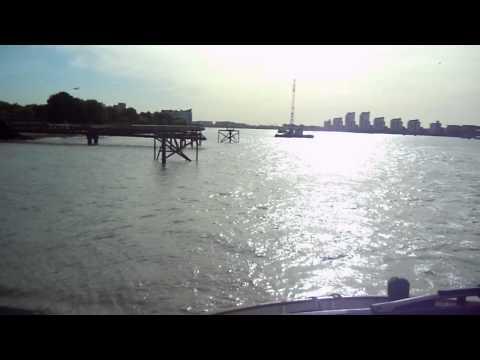 woolwich ferry.MOV