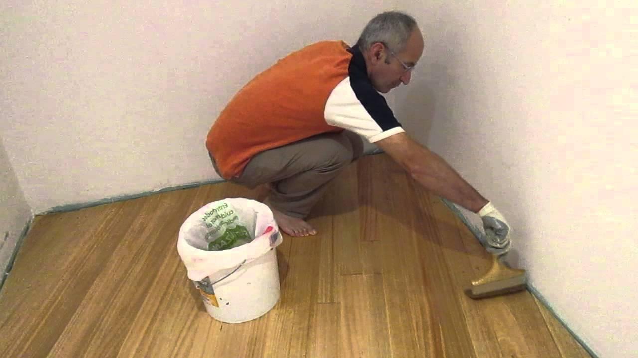 Como barnizar suelo madera youtube for Como barnizar madera