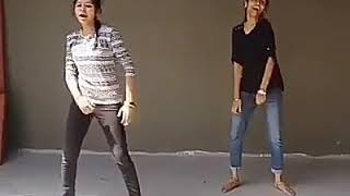Gambar cover What Amma...... what's this Amma song super dance by girls..