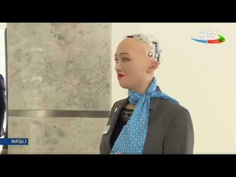 İlham Əliyevin robot Sofiya ilə söhbəti