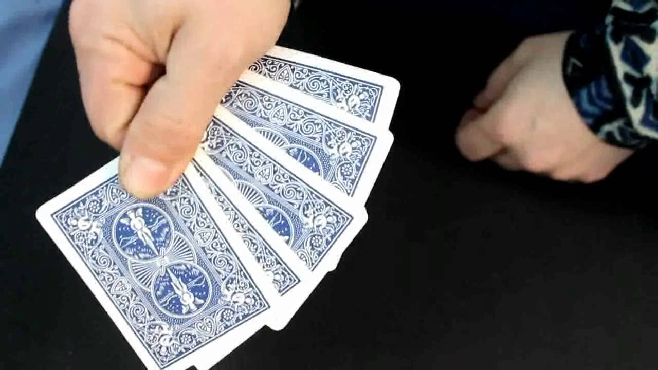 Puerto rican poker card trick play french roulette online free