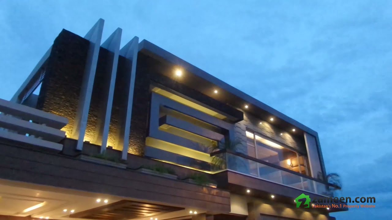 A BEAUTIFULLY DESIGNED AND SOLIDLY BUILT 1 KANAL HOUSE FOR SALE IN THE HEART OF DHA PHASE 6 LAHORE