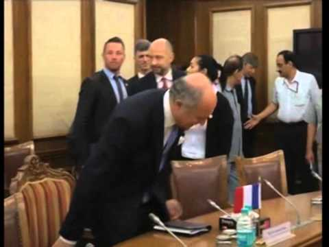 French Foreign Minister meets India