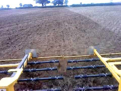 Claydon straw rake