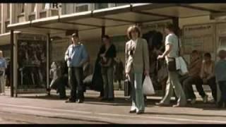 Helge Schneider - Der frühe vogel fängt den wurm thumbnail