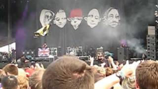 Limp Bizkit @ Download - hot dog