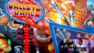 Pinkstermarkt op Maandagmorgen in Nietap en Leek 2013 ( vrouw wordt beroerd in attractie)