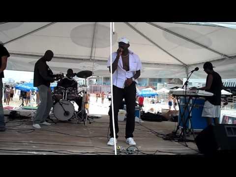 Maurice Englishman, Nimrod & Tidal Wave Reggae Band (Part 1).