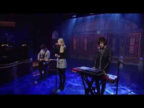 London Grammar - Strong - David Letterman 04 08 2014