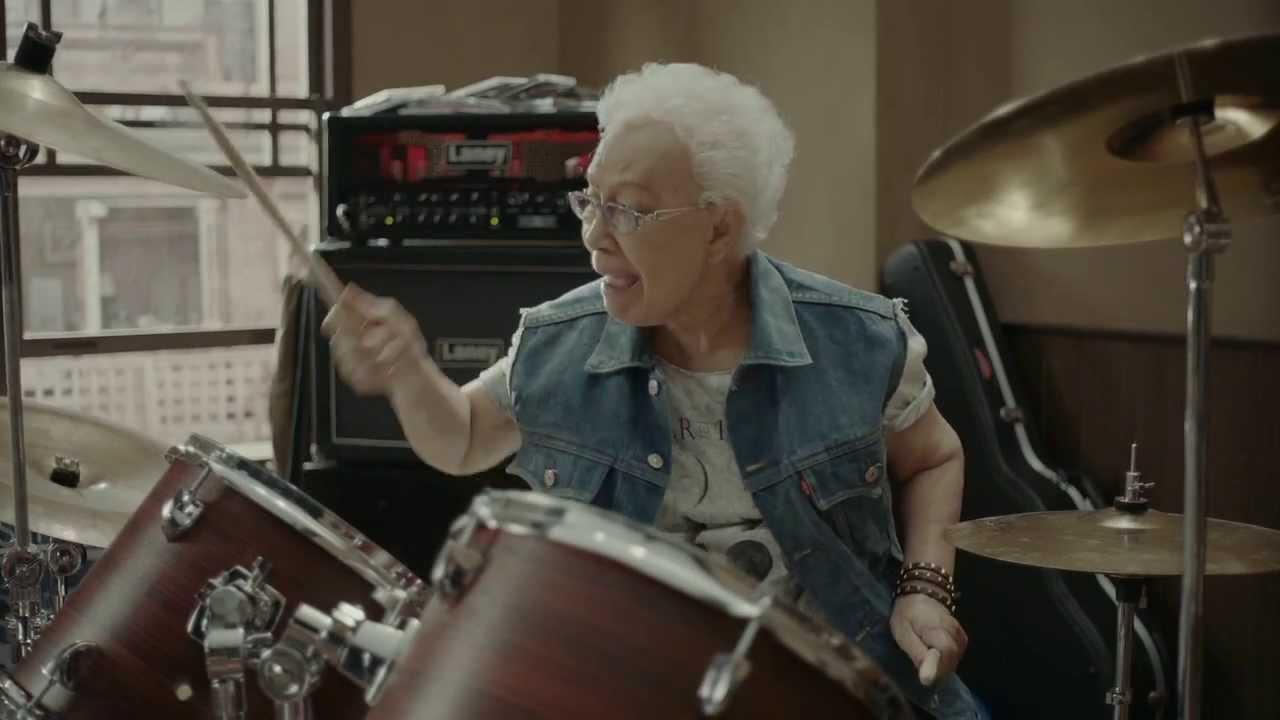 Snickers Rocking Grandma 30s  YouTube
