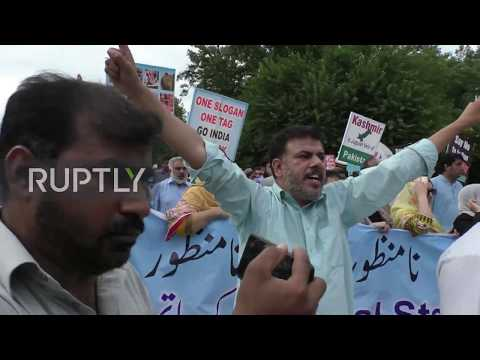 Pakistan: 'Modi is a dog!' - Pro-Kashmir rally calls for cutting ties with India